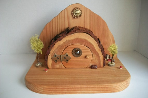 Rustic hobbit cave fairy house handmade by bluemountainlog for Hobbit house furniture