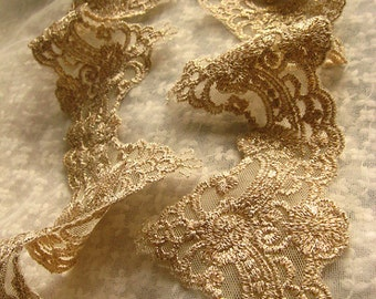 gold lace trim, gold embroidered lace trim, vintage style lace in gold, bridal lace trim, gold scalloped lace trim