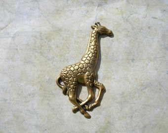 Brass Giraffe Stampings  - Brass Lot - Adornment - Ornament - Brass Findings