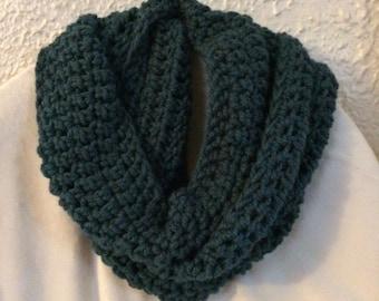Crochet Chunky Teal Infinity Scarf