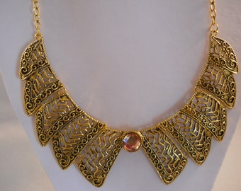 Gold Tone collar Bib Necklace on a Gold Tone Chain