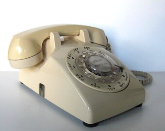 SALE, Vintage 70's Western Electric Rotary Telephone, Retro Beige, Home Decor, Electronics, gift idea