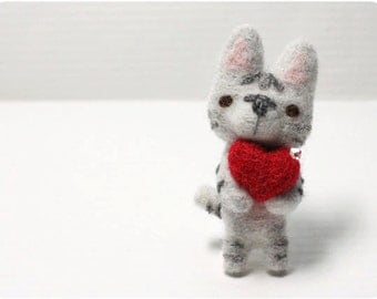Ringco Cat - needle felted wool brooch, crystal bead