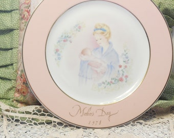 Tenderness of a Mother 1978 Mothers Day Plate By Eve Rockwell  :)SALE 25% CLEARINGOUT25  Must Be Used at Check Out Can not Change After