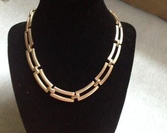 Vintage Goldtone Rectangle Link Design Necklace