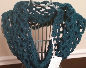 Teal Crocheted Cowl
