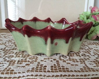 SALE!!!-Vintage McCoy Oval Green with Oxblood Drip Glaze Planter with Scalloped Edges, Green