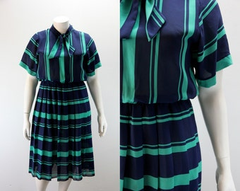 XL Vintage Dress - Navy and Green Stripes