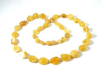 Authentic Baltic Amber Necklace Yellow Oval Form Beads 53 cm 21 inches