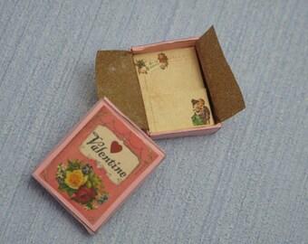Gaël  Miniature Ladies romantic paper set in box  fixed 1 :12 valentine day Dollhouse Miniature Home Decor Accessory. Handmade miniatures