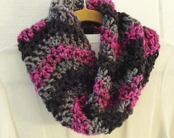 Crochet Chunky Chevron Cowl Multicolor Pink Black Gray