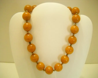 """Vintage 15"""" Butterscotch Colored Hard Plastic Beaded Choker Necklace (8831**) 15mm"""