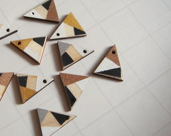 Laser cut  Wood Triangles 20mm, Hand Painted Wood Triangles,Do it Yourself  necklace