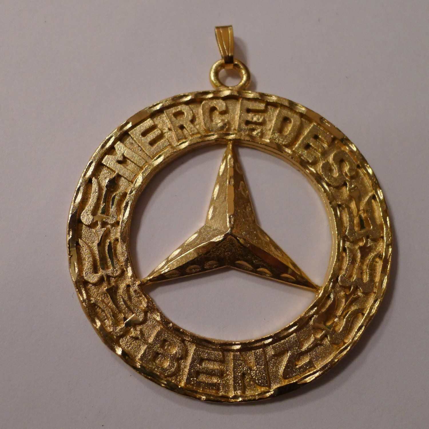 Deadstock mercedes benz medallion 80 39 s gold necklace for Mercedes benz pendant