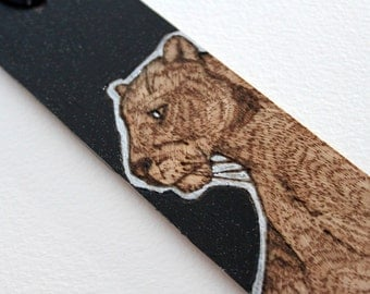 Black Panther glitter wooden bookmark - Pyrography with glitter finish - Woodburning