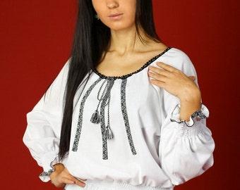Ukrainian embroidered women's blouse. Vyshyvanka. Ukrainian embroidery. Blouse ethnique. Embroidered vyshyvanka