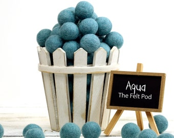 Felt Balls // DIY Garland // DIY Mobile // diy Necklace // Felt Pom Poms // Pure Wool Beads // AQUA // 2.5 cm
