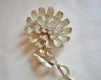 Vintage Large Lisner Flower Brooch - 1960s Signed Floral Bloom Silver Tone