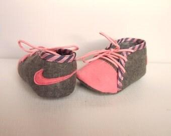 Baby girl NIKE  felt shoes, baby girl gift, Baby handmade shoes