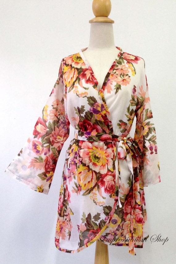 Popular White ivory, Style Vintage Kimono robes, New Classic Bridesmaids robe, long sleeve, bridesmaids gift dressing up robe Bride robe