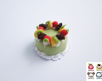 Miniature Cake, miniature clay cake, food figurine, miniature clay sweet, polymer clay food, mini, dessert, dollhouse, tiny, scale, fruit