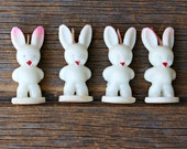Full Box of Vintage Tavern Novelty Bunny Rabbit Candles Four White Rabbits