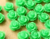 CLOSEOUT - 30 pc. Frosted Grass Green Rose Cabochon 10mm | RES-431