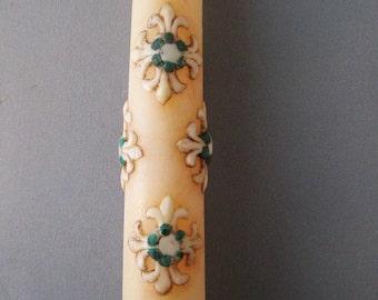 Rare Irish Celtic Cross Taper Candles, 60s, Saint Patricks Day, Irish Decor [Fre]