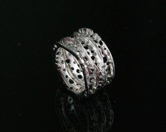 Modern outstanding sterling silver ring. Eco conscious design, statement ring. 'Coral Crown Ring'