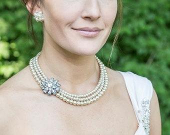 Bridesmaid Necklace-Champagne-Beige-Bridesmaid Gift-Pearl Necklace-Wedding Necklace-Vintage-Wedding Brooch-Bridal Necklace-Flower Brooch