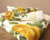 1960s two piece towel set - Yellow roses 1960s towel set