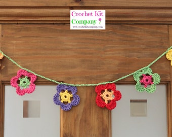Daisy Flower Crochet Kit, Daisy Garland Bunting Crochet Kit, DIY Crochet Kit, Crochet Gift, Craft Kit, Crochet Pattern