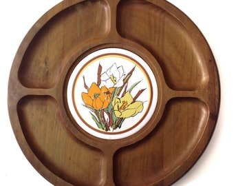 wooden lazy susan turntable vintage 1970s restaurant style appetizers hors wood flowers retro