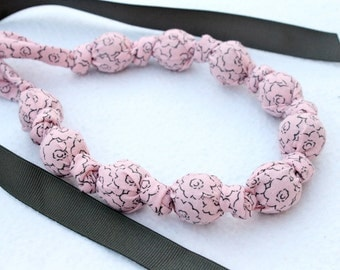 Fabric Statement Necklace, Chomping, Nursing, Teething Necklace - Gray sketch on Pink