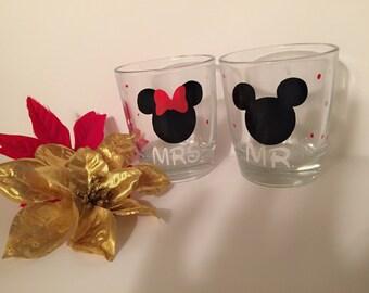 Disney inspired minnie and mickey glass set
