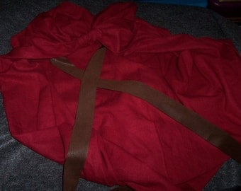 Spartan Cape from 300 - King Leonidas - CAPE ONLY - Linen Blend - Red Cape - Option for Straight Hem or Battle Damage - Made to Order