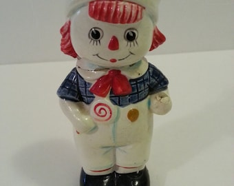 Vintage Raggedy Andy Figurine - missing a piece