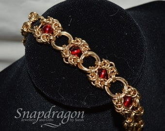 Chainmaille Romanov bracelet with red glass beads