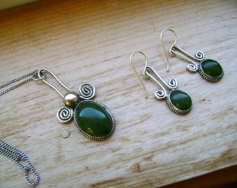 vintage necklace and earrings in sterling and jade