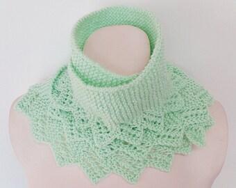 Knit / Mint Scarflette