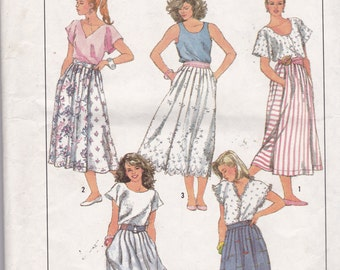 Simplicity 8028 Vintage Pattern Womens Full Skirts in 4 Variations Size 10