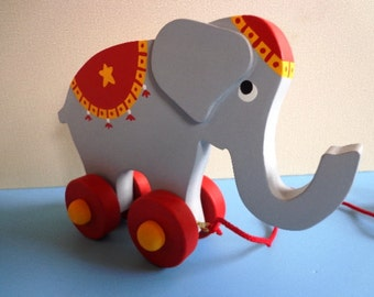 Wooden Circus Elephant Pull Toy - Hand Crafted - Waldorf - Hand Painted Decoration - Classic Eco Friendly Kids Toy
