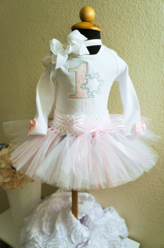 First Birthday Tutu outfit,  Winter Wonderland, Bodysuit, personalized,   Smash cake out fit, photo prop, Frozen.