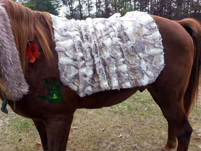 Faux Rabbit Fur Horse Blanket Saddle Cover Blanket Faux