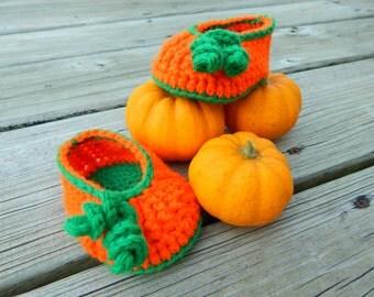 Crochet Baby Shoes : Pumpkin Shoes,  Newborn-3 Months, 3-6 Months, 6-12 Months, 12-18 Months