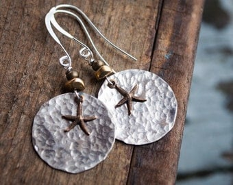 Starfish earrings, beach jewelry, silver disk earrings, nautical jewelry, beach earrings, hammered silver earrings, gifts for her