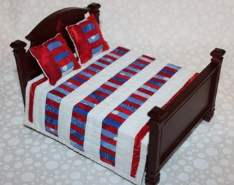 Red, White, and Blue Miniature Quilt with Pillows - 1:12 Scale