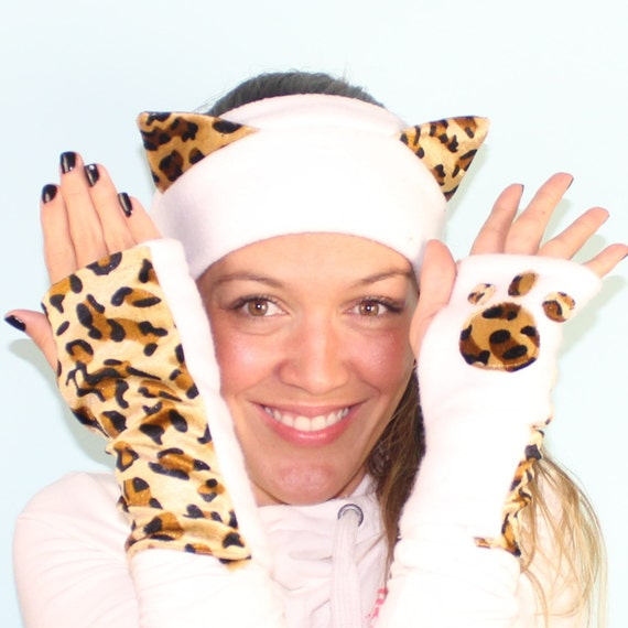 Snow Leopard Hoodie 3 Function Hat Scarf with Ear Hand Pocket Mittens cap See more like this. Snow Leopard Full Hood Hoodie Fur Animal Hat Mittens Scarf 3 IN 1. New (Other) $ Genuine Authentic