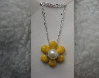 Yellow Turquoise Flower Necklace with Pearl Bead