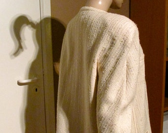 Vintage VALENTINO JACKET.Cream textured wool.Zips up the front.